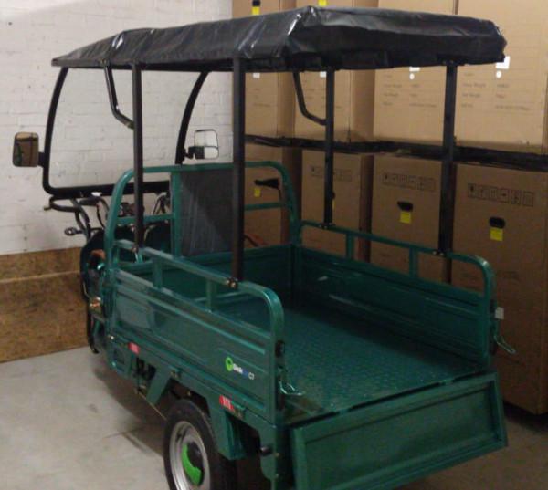 Wetterschutz für das GinkGo C1 Lastentrike montiert